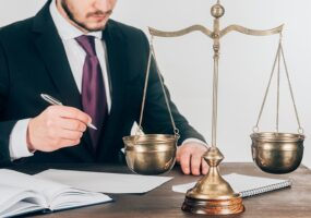 Адвокат при розлученні